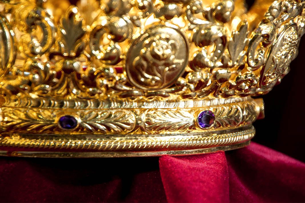 Día grande en Sevilla: Coronación de la Virgen de la Victoria