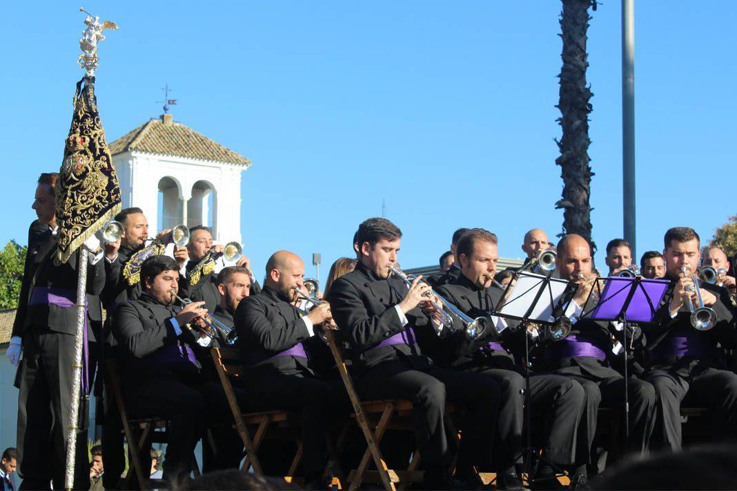 Música benéfica y cofrade en Tomares